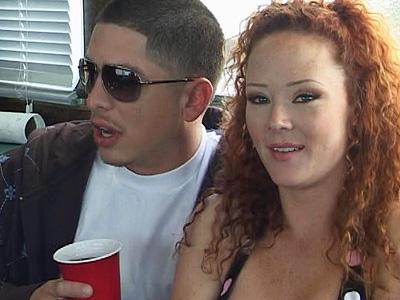Erotic lass sucktrimg dicks svelte van