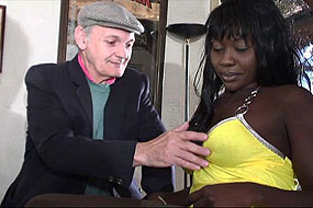 Papy-was-lucky-with-black-girl,-xxx-video